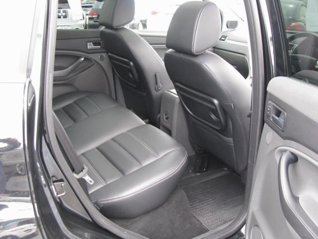 フォード フォード クーガ タイタニアム ナビ黒レザーワンオーナー車