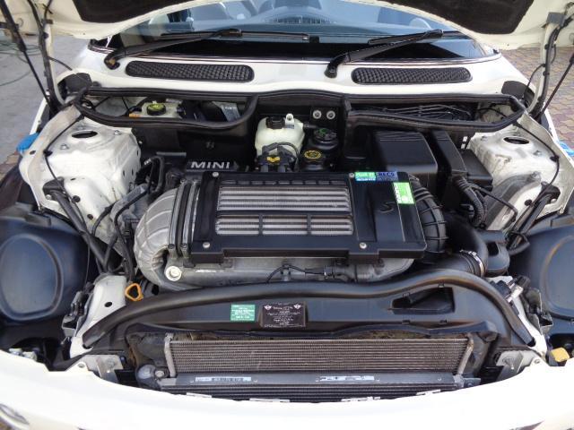 クーパーS コンバーチブル スーパーチャージャー 電動オープン HID&FOG Bカメラ ETC ドラレコ パドルシフト キーレス Rソナー AUX&USB 17インチアルミ 禁煙車(18枚目)