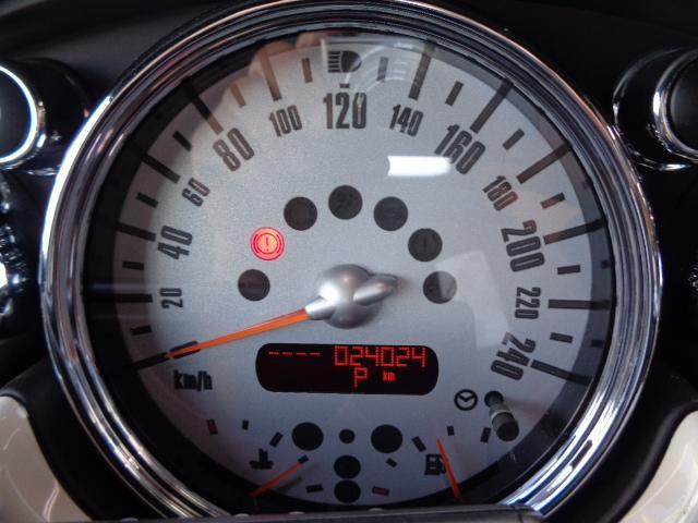 クーパーS コンバーチブル スーパーチャージャー 電動オープン HID&FOG Bカメラ ETC ドラレコ パドルシフト キーレス Rソナー AUX&USB 17インチアルミ 禁煙車(23枚目)