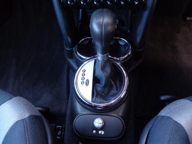 クーパーS コンバーチブル スーパーチャージャー 電動オープン HID&FOG Bカメラ ETC ドラレコ パドルシフト キーレス Rソナー AUX&USB 17インチアルミ 禁煙車(29枚目)