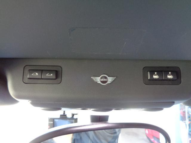 クーパーS コンバーチブル スーパーチャージャー 電動オープン HID&FOG Bカメラ ETC ドラレコ パドルシフト キーレス Rソナー AUX&USB 17インチアルミ 禁煙車(33枚目)