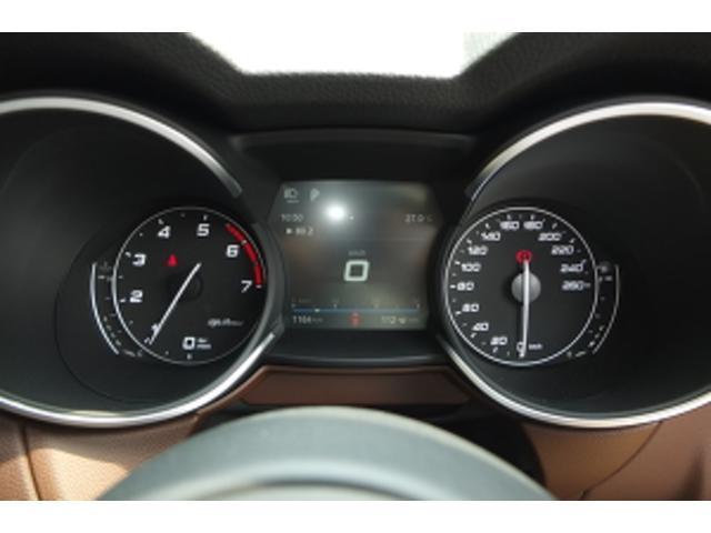 「アルファロメオ」「ステルヴィオ」「SUV・クロカン」「大阪府」の中古車16