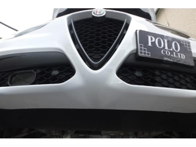 「アルファロメオ」「ステルヴィオ」「SUV・クロカン」「大阪府」の中古車72
