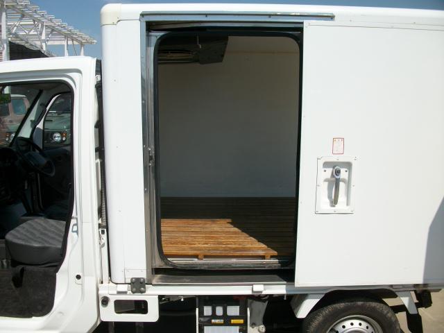 冷蔵冷凍車(16枚目)