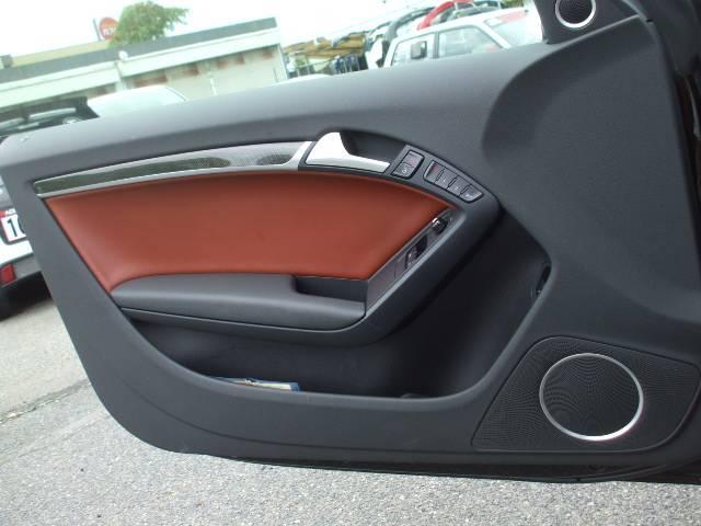 アウディ アウディ S5 ベースグレード 左ハンドル サンルーフ