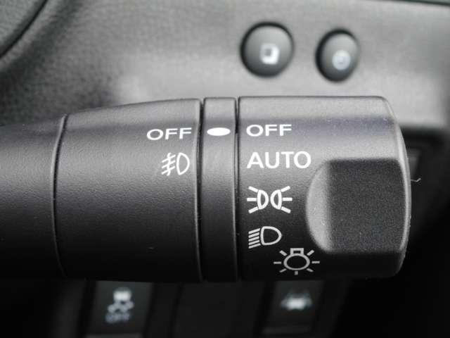 e-POWER モードプレミアツーリングP オートクルーズ 踏み間違い防止 LEDライト ナビTV ETC アルミホイール バックカメラ メモリーナビ アラウンドビュー キーフリー 1オーナー 車線逸脱警報(7枚目)