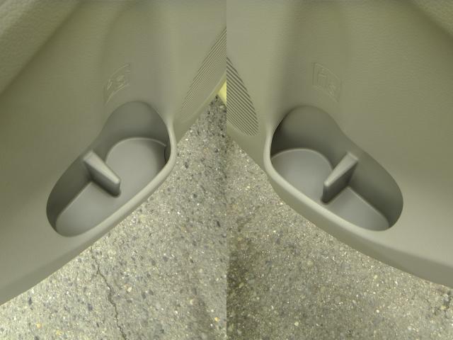 ドアパネルにもカップホルダーが付いてますよ!