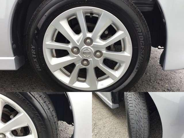 純正のホイールが一番似合います!タイヤサイズは155/R14になります