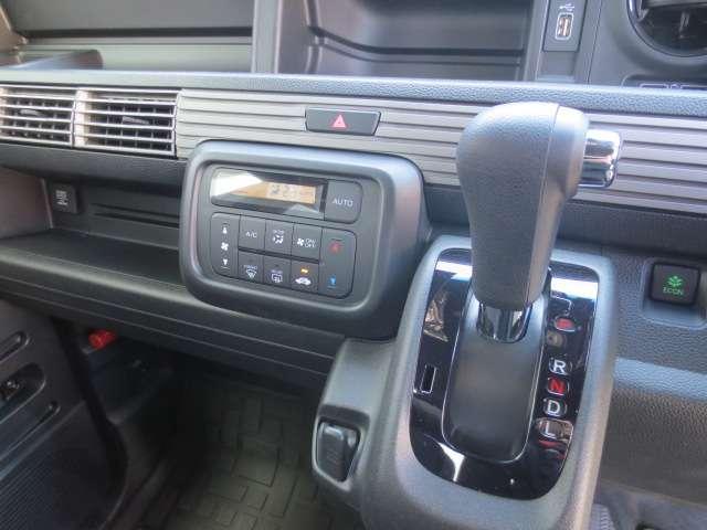 660 +スタイル ファン ホンダセンシング オートエアコン ETC アイスト キーフリー 衝突被害軽減装置 エアバッグ パワステ ABS(11枚目)