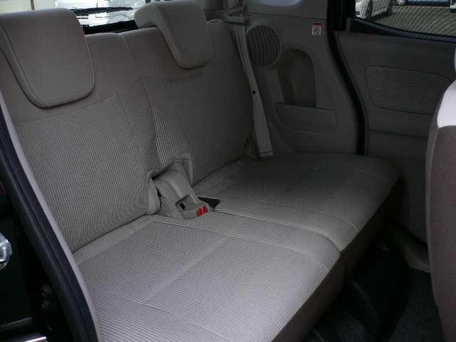 ★後部座席の方へゆったり おくつろぎください