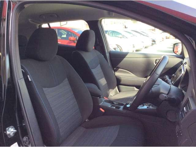 G プロパイロット EVコネクトナビゲーション アラウンドビューモニター 衝突軽減ブレーキ 車線逸脱警報 踏み間違い防止 LED オートライト ハイビームアシスト ETC 前席シートヒーター(4枚目)