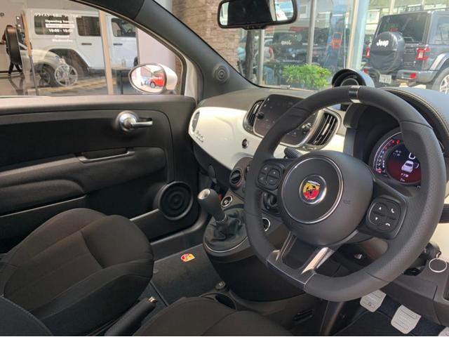 「アバルト」「595」「コンパクトカー」「和歌山県」の中古車2