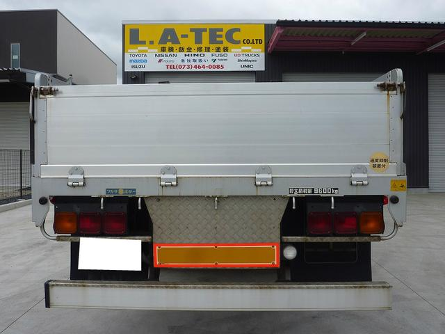 UDトラックス クオン 平ボディ アルミブロック アルミホイール 積載9600kg