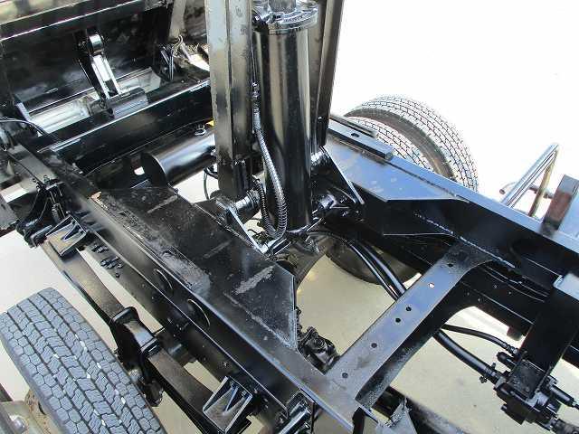 ダンプ 積載3.6t メッキパーツ 電動コボレーン付 ターボ(16枚目)