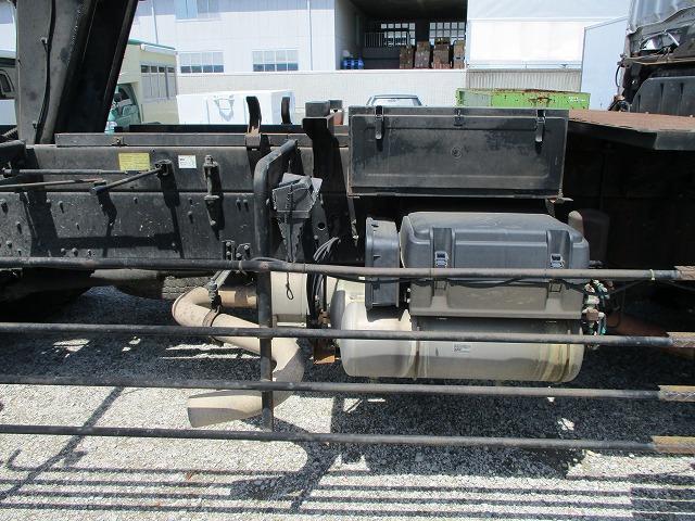 深ダンプ 積載8.2t ターボ車 フル装備(11枚目)