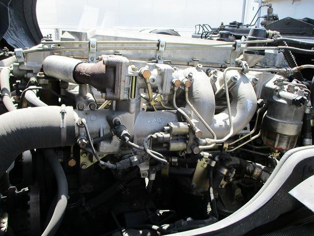 深ダンプ 積載8.2t ターボ車 フル装備(19枚目)