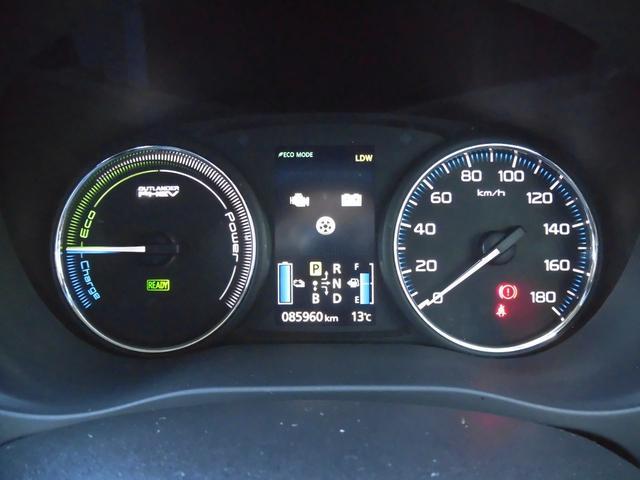 Gナビパッケージ 衝突被害軽減ブレーキ 車線逸脱防止警報 車輛接近警報 AC100V電源 急速充電ナビ サイド/バックカメラ ステアリングリモコン パドルシフト シートヒーター 電動テールゲート ETC ワンオーナー(17枚目)
