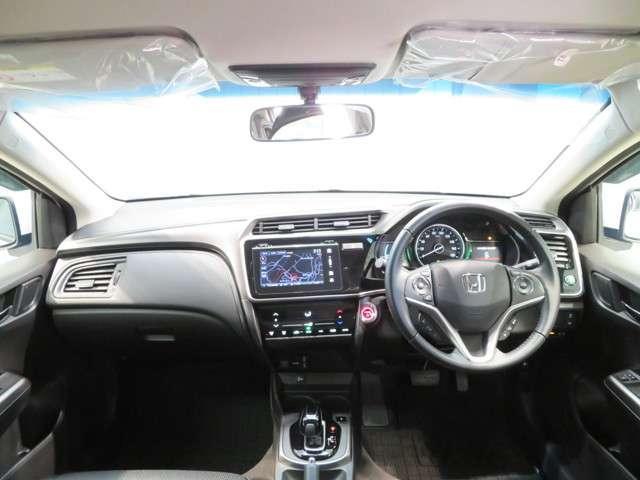 ハイブリッドLX レンタカーアップ車 メモリーインターナビ(9枚目)