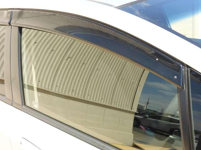 ハイブリッド・ナビプレミアムセレクション ワンオーナー車 HDDインターナビ(17枚目)