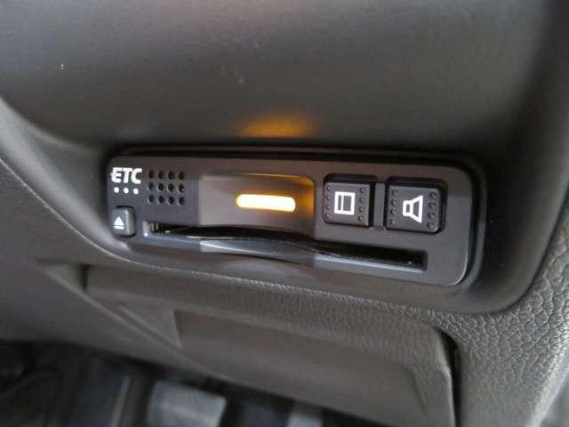 いまや快適なドライブには欠かせないETCを装備してます!!