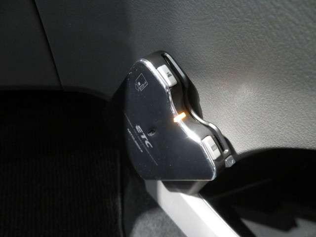 X HDDナビパッケージ ワンオーナー車 HDDインターナビ(15枚目)