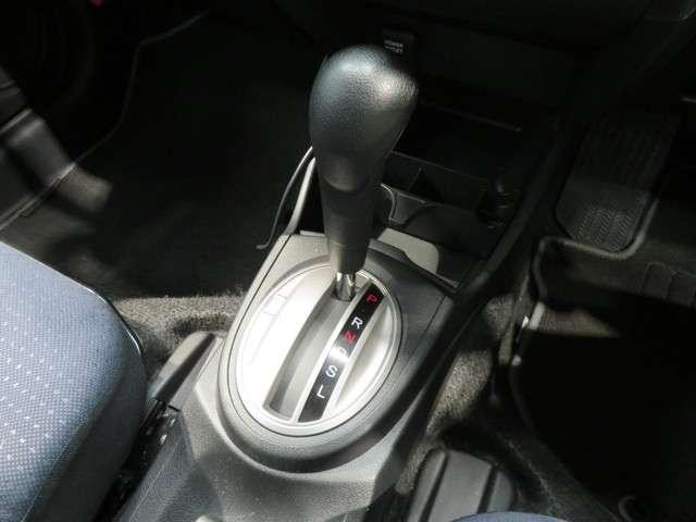 13G ワンオーナー車 カロッツェリアHDDナビ(16枚目)