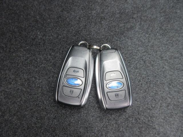 「スバル」「XVハイブリッド」「SUV・クロカン」「奈良県」の中古車33