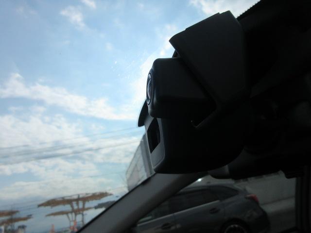 ドライブレコーダーが、装備されています。もしもの時のため、安心感があります。