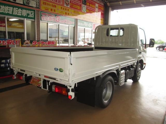 新型ハイグレードPCS全低床平ボディトラック3トン150馬力(8枚目)