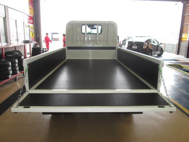 新型ハイグレードPCS全低床平ボディトラック3トン150馬力(12枚目)