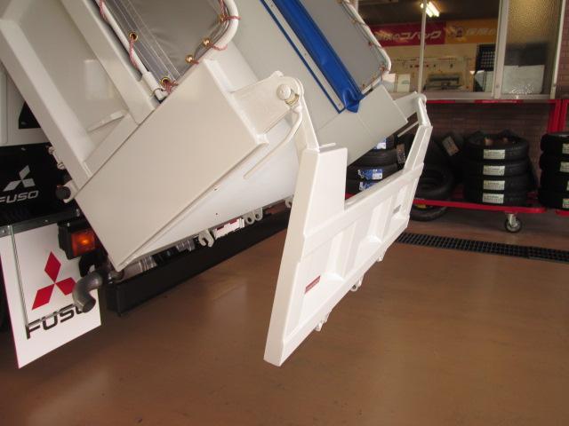 新型カスタム150馬力HID全低床強化3tメッキコボレンダム(20枚目)