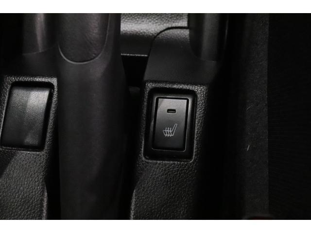 RSt 衝突被害軽減システム 純正SDナビ クルーズコントロール シートヒーター ターボ LEDヘッドランプ AW CD DVD再生 USB入力端子 Bluetooth接続 フルセグTV スマートキー(9枚目)