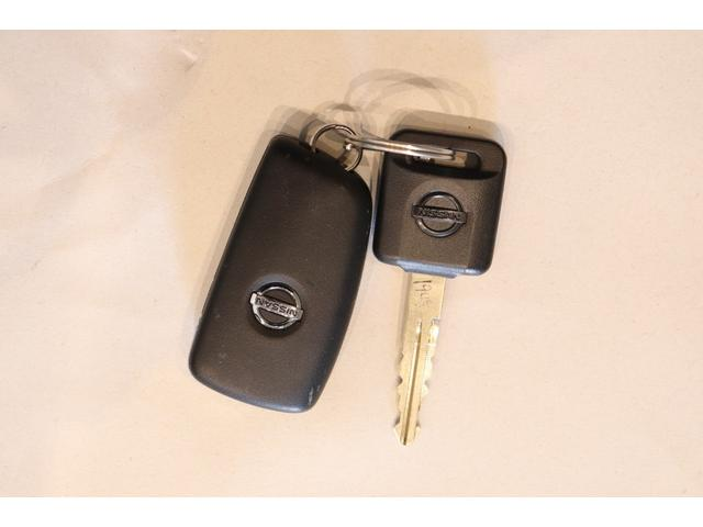 S 元レンタカー キーレス アイドリングストップ 電動格納ミラー 運転席エアバック 助手席エアバック ABS パワーステアリング パワーウィンドウ(7枚目)