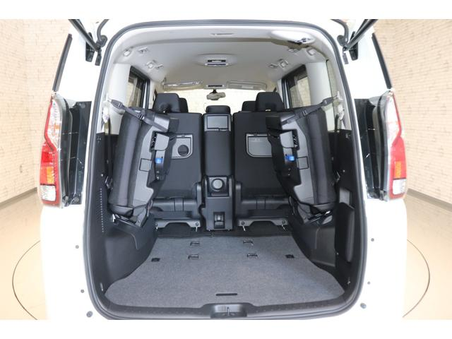 X Vセレクション 衝突被害軽減システム 純正SDナビ 8人乗 オートライト アイドリングストップ 両側電動スライドドア 電動格納ミラー クルーズコントロール ETC  Bluetooth接続 全周囲カメラ  Bカメラ(20枚目)