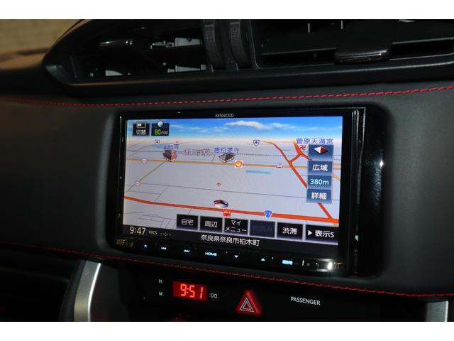 S 純正メモリーナビ フルセグTV バックカメラ クルーズコントロール パドルシフト スマートキー ETC 17インチAW 盗難防止システム 衝突安全ボディ オートライト LEDヘッドライト(4枚目)