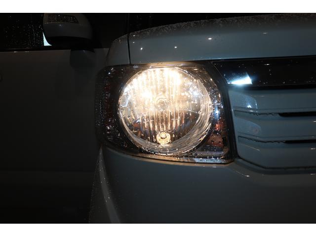 ヘッドライトはノーマルバルブ!LEDなどの交換も気軽にお尋ねください!