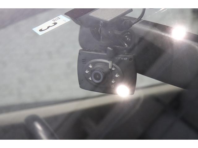ドライブレコーダー装着済み!煽り運転対策や事故した場合など、もしもの時に役立つ装置ですよ〜♪