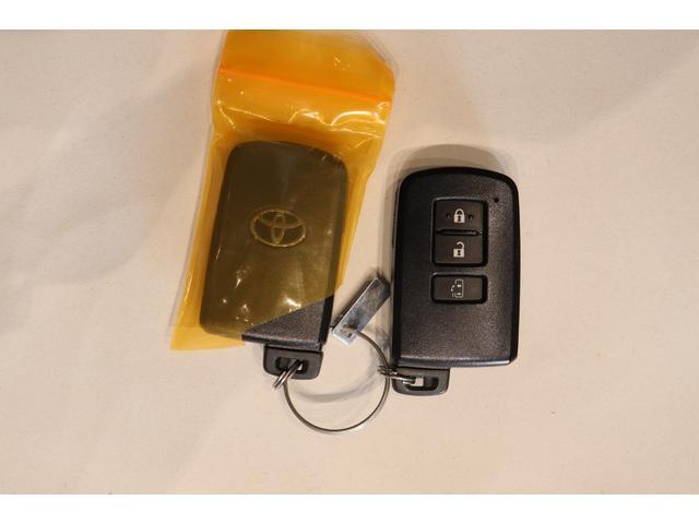 ZS 7人乗り CDオーディオ ETC アイドリングストップ 両側スライド片側電動ドア スマートキー ステアリングリモコン LEDヘッドライト フォグランプ オートライト AW(9枚目)