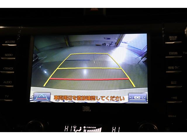 リアカメラ装備で後退時も安心です。リバース連動で画面が切り替わるのでとっても便利です。今や後方確認の必須アイテムですよ。