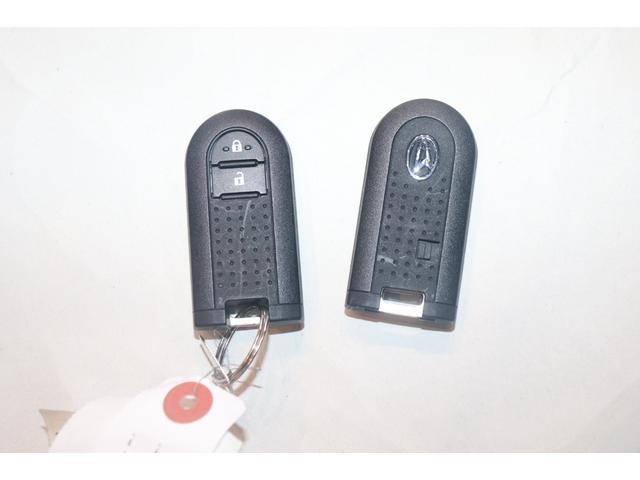 G SAIII 衝突被害軽減ブレーキ 盗難防止システム アイドリングストップ LEDヘッドライト オートライト オートマチックハイビーム シートヒーター スマートキー USB入力端子 ミュージックプレーヤー接続可(9枚目)