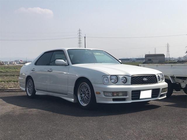 「日産」「グロリア」「セダン」「奈良県」の中古車3