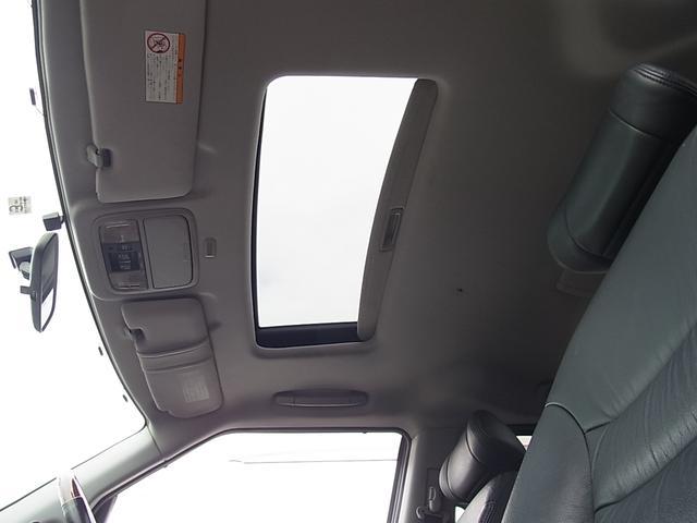 GエアロHDDナビパッケージ ダブルサンルーフ シートヒーター付レザーシート 7人乗 両側電動スライドドア ETC タイミングチェーン(20枚目)