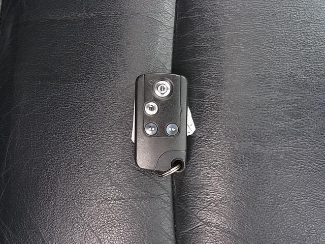 GエアロHDDナビパッケージ ダブルサンルーフ シートヒーター付レザーシート 7人乗 両側電動スライドドア ETC タイミングチェーン(27枚目)