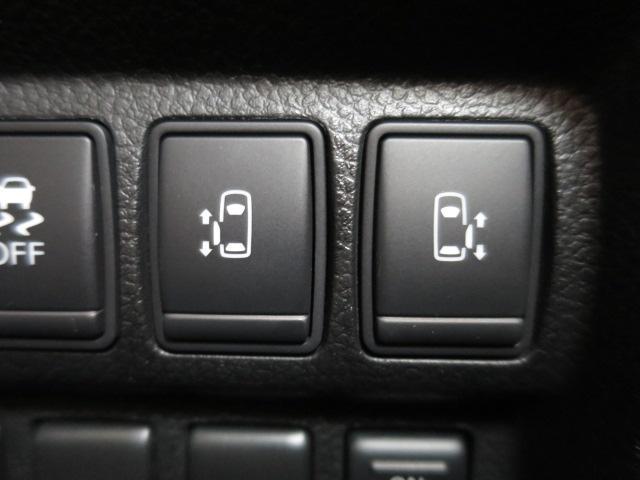 両側パワースライドドアなので運転席からも楽々開閉が出来ます!
