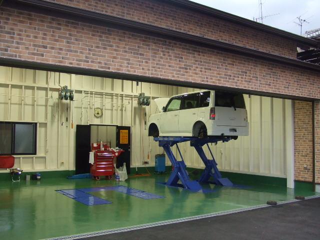近畿運輸局認証工場完備で整備もバッチリおまかせ下さい!