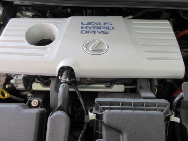 カタログ燃費32.0km/lの低燃費ハイブリッドエンジン!