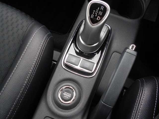 2.0 G 4WD AC100V電源 急速充電付き(4枚目)