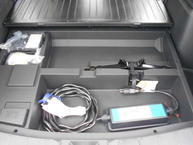 2.0 G 4WD AC100V電源 急速充電付き(18枚目)