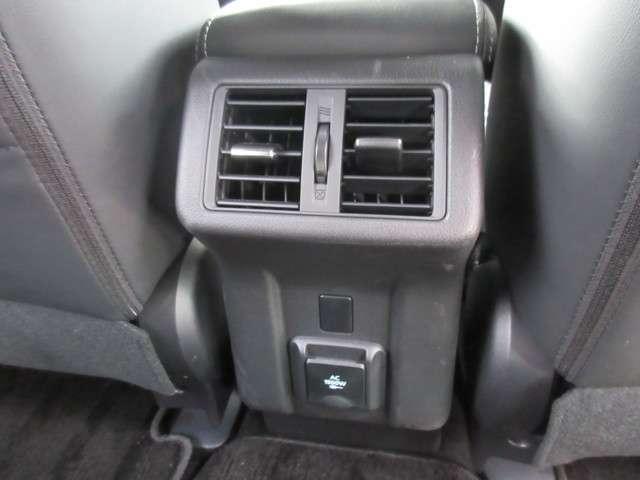 Gプレミアムパッケージ 4WD 革シート 電気温水ヒーター(15枚目)