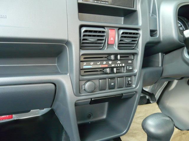 スズキ キャリイトラック KCエアコン・パワステ Wエアーバック ABS 4WD AT